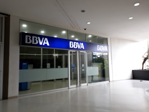 Foto de BBVA Centro comercial viva buenaventura