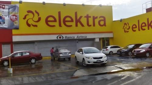 Foto de Banco Azteca - La Turba