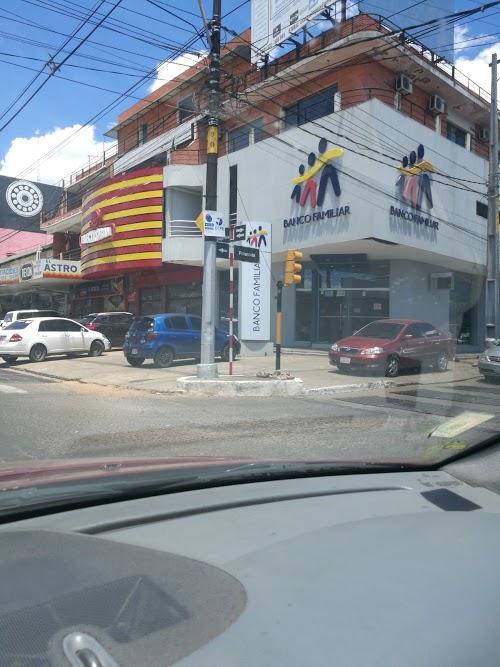 Foto de Banco Familiar SAECA - Fernando de la Mora