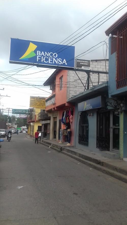 Foto de Banco Ficensa Ventanilla