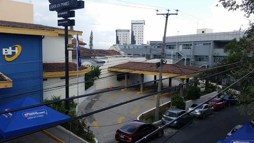 Foto de Banco Hipotecario Senda Florida