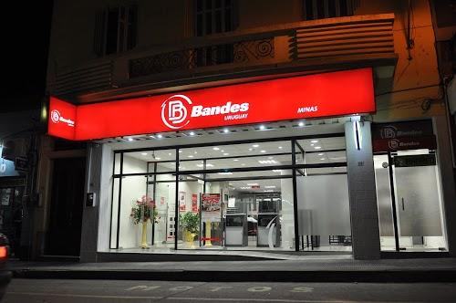 Foto de Banco Bandes Sucursal Minas