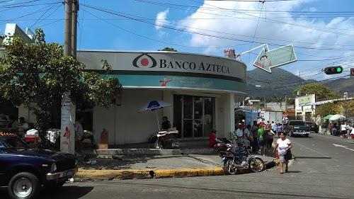 Foto de Banco Azteca Soyapango
