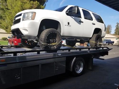 Foto de U.S Towing - Fresno Car Unlock & Roadside Assistance