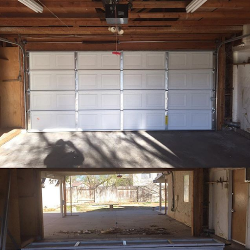 Foto de Tri County Locksmiths & Garage Doors
