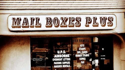 Foto de Mail Boxes Plus